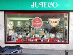 Visual merchandising Montaje de escaparate de navidad 2013 Juteco Ideas imaginativas S.L