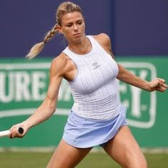 Camila Giorgi, Sexy Golf, Sport Tennis, Play Tennis, Jennifer Aniston Legs, Famous Sports, Beautiful Athletes, Tennis Players Female, Tennis Fashion