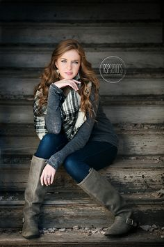 Beautiful blue eyes, gorgeous hair and a great location Female Senior Portraits, Senior Portrait Poses, Senior Girl Poses, Senior Portrait Photography, Senior Girls, Female Portrait, Senior Posing, Senior Session, Graduation Picture Poses