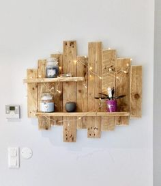 The Effective Pictures We Offer You About palette bois deco A quality picture can tell you many thin Wooden Pallet Wall, Pallet Wall Shelves, Wooden Pallets, Shelf Wall, Wood Shelves, Wood Wall, Palettes Murales, Ladder Shelf Diy, Asian Decor