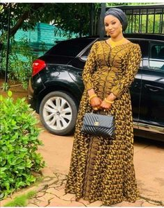 Best African Dresses, Latest African Fashion Dresses, African Print Dresses, African Print Fashion, African Attire, African Fashion Traditional, African Print Dress Designs, Mode Inspiration, Long Gowns