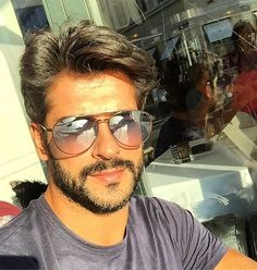 only Burak! Turkish Men, Turkish Beauty, Turkish Actors, Older Mens Hairstyles, Haircuts For Men, Cute Love Pictures, Burak Ozcivit, Latin Men, Cute Stars