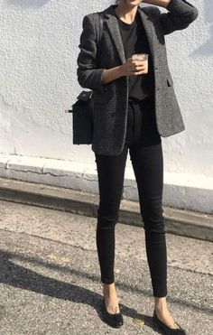 16 Beste Herbst Winter minimalistische Mode Fashiotopia The Effective Pictures We Offer You A Outfit Jeans, Jeans Outfit Summer, Summer Work Outfits, Office Outfits, Cool Outfits, Casual Outfits, Fashion Outfits, Dress Fashion, Office Attire