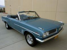 400 V-8 and Tri-Power: 1963 Pontiac Tempest LeMans