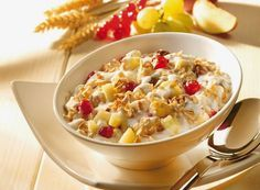 Think These 'Healthy' Food Items Will Help You Lose Weight? Hypothyroidism Diet, Food Items, Health And Nutrition, Granola, Muesli, Pasta Salad, Macaroni And Cheese, Healthy Lifestyle, Oatmeal