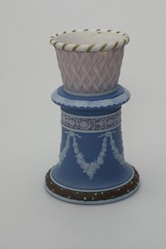 From http://www.wedgwoodmuseum.org.uk/collections/search/object/3973# Five-colour jasper bulb pot vase