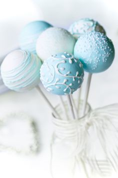 Tiffany blue: Cake pops.