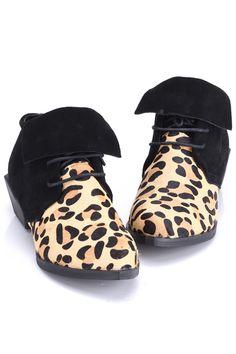 a560831ef03  Romwe Self Tie Straps Leopard Shoes Leopard Shoes