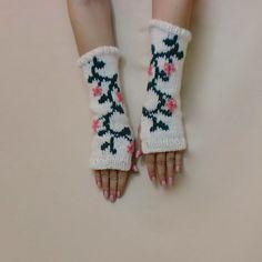 Floral Knit Fingerless Gloves  Green Vine by AllThingsTangled