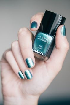 metallic blue #nails x #chanel :: #nailpolish