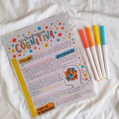 """M a f M i l l á n 🖤 en Instagram: """"Holaaa, bonito miércoles 🧡 . El día de hoy hice este apunte para mi clase de Psicología de la salud y la alimentación, quise hacerlo…"""" Beautiful Notes, Pretty Notes, Good Notes, Cute Notes, Bullet Journal School, Bullet Journal Inspiration, Doodle Lettering, Brush Lettering, Tumblr School"""