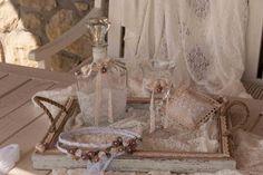 Χειροποίητα στέφανα γάμου velissaria.gr Wedding Wreaths, Wedding Glasses, Chair, Furniture, Home Decor, Atelier, Decoration Home, Room Decor, Wedding Garlands