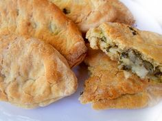Greece Food, Spanakopita, Muffin, Bread, Traditional, Cooking, Breakfast, Ethnic Recipes, Youtube
