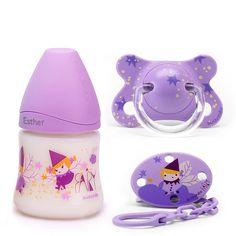 Elige tu Baby Style con esta combinación diseño Fairies (hadas) de biberón de 150ml con tetina 3 posiciones, chupete Fusion y broche pinza ovalado para sujetar el chupete; el Total Look ideal para bebés a partir de 0 meses. ¡Y ahora personaliza la rosca del biberón con el nombre de tu bebé! Baby Dolls For Kids, Reborn Toddler Dolls, Reborn Dolls, Toys For Girls, Muñeca Baby Alive, Baby Alive Dolls, Minnie Mouse Clubhouse, Minnie Mouse Toys, Baby Doll Car Seat