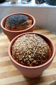 Using untreated terracotta pots to bake savory breads.
