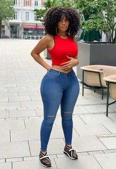 Black Girl Fashion, Curvy Fashion, Actrices Sexy, Sexy Curves, Beautiful Black Women, Girls Jeans, Jeans Style, Sexy Women, Cute Outfits