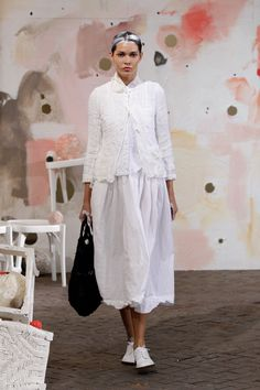 Fashion Week Milan Spring/Summer 2019 look 13 from the Daniela Gregis collection womenswear White Fashion, Boho Fashion, Spring Fashion, Vintage Fashion, Womens Fashion, Fashion Design, Fashion Trends, Trendy Outfits, Summer Outfits