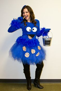Picture You are in the right place about diy halloween costumes Here we offer you the most beautiful pictures about the diy halloween gifts you are looking for. When you examine the Picture part of th Cookie Monster Halloween Costume, Cookie Monster Shirt, Cookie Costume, Diy Halloween Gifts, Halloween Costumes Women Creative, Diy Halloween Costumes For Women, Diy Costumes, Halloween Party, Anime Halloween