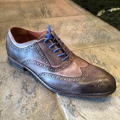a must have men's shoe Men Dress, Dress Shoes, Oxford Shoes, Lace Up, Instagram Posts, Fashion, Formal Shoes, Oxford Shoe, Moda