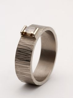 18ct white gold ring malcolm morris jewellery