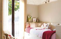 Reportajes y fotografías de decoración para un primer piso, muebles baratos y detalles decorativos. Ideas y trucos para decorar el primer piso con pocos recursos.
