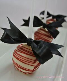 James Bond Themed 30th Birthday Cake by afewcakes