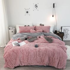 DecBest Chenille Crystal Velvet Bedding Set Full Queen King Quilt Cover Bed Sheet Pillowcase is hot sale on Newchic with discounts. Velvet Bedding Sets, Pink Bedding, Luxury Bedding, Unique Bedding, Rustic Bedding, Queen Bedding Sets, Camas King Size, Twin Size Bed Sets, Home Decor Ideas