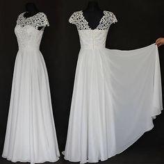 6089a49261a8 Svadobné šaty z hrubej krajky a kruhovou sukňou v ivory farbe   Dyona