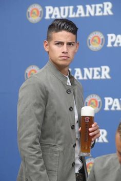 James Rodriguez of FC Bayern Muenchen during the FC Bayern Muenchen and Paulaner Photo Session at FGV Schmidtle Studios on September 2018 in Munich, Germany. The traditional photo shoot featuring. James Rodriguez, Everton, Fifa, James 10, Messi And Ronaldo, Fc Bayern Munich, Football Boys, Soccer Players, Photo Sessions