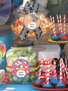 candy containers & cake pops