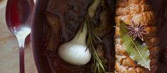 Filet mignon farci : pour un agréable repas du dimanche en famille, et épater vos convives !  Bouquet de fruits rouges, onctuosité d'une sauce au vin, et douceur du foie gras, relevé par le parfum du poivre de Sichuan.  Bon appétit :)