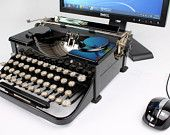 USB Typewriters-- vintage typewriters modified into computer keyboards. This is so fun! Gadgets And Gizmos, Electronics Gadgets, Technology Gadgets, Tech Gadgets, Cool Gadgets, Old Computers, Desktop Computers, Computer Keyboard, Solar Powered Generator