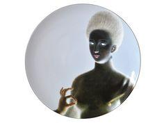 BERNARDAUD - Déco : Assiette Gabrielle d'Estrées issue du coffret Portraits classiques, le set de 4 assiettes dépareillées - Le Guide Envies 2013