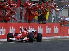 #1 Michael Schumacher...Scuderia Ferrari Marlboro...Ferrari F2004...Motor Ferrari 053 V10 3.0...GP Hungria 2004