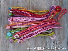 Pdf Crochet Pattern Two Bracelets by ATERGcrochet by ATERGcrochet – # Häkelanleitung crochet bracelet Diy Knitted Bracelets, Crochet Bracelet Pattern, Knit Bracelet, Crochet Flower Patterns, Crochet Flowers, Knitting Patterns, Crochet Necklace, Love Crochet, Diy Crochet