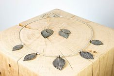 """Schmuck-Set """"Silver Leaves"""" Messing, Fair Trade, Leaves, Silver, Ear Jewelry, Neck Chain, Money"""