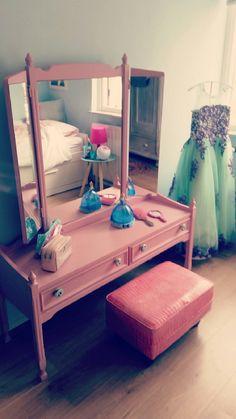 Baby girls room #kaptafel #echt meisje Kidsroom, My Room, Girls Bedroom, Playroom, Little Girls, Toddler Bed, Ikea, Home And Garden, Children