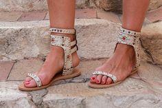Sandalia piedras