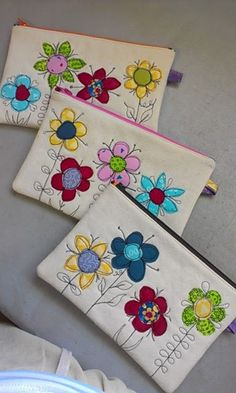 Quilt, Knit, Run, Sew: Three Pencil Cases - free Motion scribbling/applique
