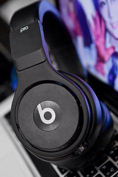 New Beats pro black