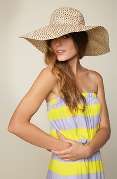 Hello sunshine! Splendid Maxi Dress & Floppy Hat