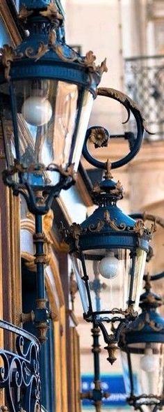 Potpourri Color Aqua-Teal, Black & White, Blue and Brown. Kitchen Lighting Fixtures, Modern Light Fixtures, Farmhouse Lighting, Rustic Lighting, Outdoor Lighting Landscape, Landscape Curbing, Lounge Lighting, Stairs Architecture, Photography Logo Design