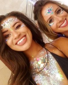 ✨✨WHEN THE LOVE ISLAND BABES GOT GYPSY SHRINED✨✨We still can't get over how AMAZING @montanarosebrown1 and @camillathurlow looked at our Glitter Villa Party Montana is wearing 'SHR x Unicorn Crown face jewel', 'All in One Chest Piece', 'Chunky Silver' + 'Iridescent Diamond' Glitters ✨Camilla is wearing 'Disco Nights' and 'Iridescent Candy Kiss' face jewels ✨ Shop now on www.TheGypsyShrine.com #glitterparty