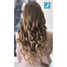 Naturalmente belli, naturalmente con il Degradé Joelle!#centrodegradejoelle #studioasparrucchieri #degrade #degradejoelle #madeinitaly #musthave #ootd #naturalshades #hairstyle #hairstylist #hairfashion #fashion #glamour #coolhair #grosseto #igersgrosseto
