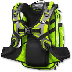 The Trooper was designed for, well, anything and everything you can imagine. Motorcycle Luggage Bags, The Trooper, Cool Motorcycles, Riding Gear, Black Backpack, Workout Gear, Golf Bags, Diy Fashion, Baby Car Seats