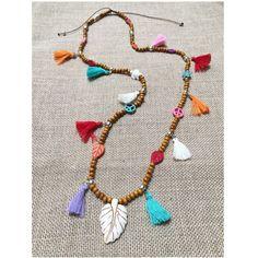 Collar boho madera howlita y pompones, moda mujer, regalo mujer, collar estilo bohemio, collar diseño exclusivo, collar madera, collar con pompones, ideal