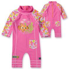 Idealer Schutz für einen sonnigen Tag am Strand:     SWIMPY Kinder Schwimmanzug mit integriertem UV-Schutz!    Mehr Infos und kaufen:    www.mytoys.de/SWIMPY-SWIMPY-Kinder-Schwimmanzug-NEMO-mit-UV-Schutz/Baby-Bademode/Kleinkindsport/KID/de-mt.sp.ca01.08.04/2444659