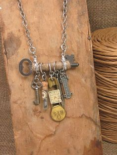 upcycled vintage jewelry ideas - Google Search  #VintageJewelry