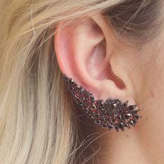 JOIERIA GABRIELLE  Ear cuff heart | grande | zircônia | ródio negro