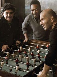 Football Legends: Diego Maradona, Pelé and Zinedine Zidane Zinedine Zidane, Best Football Players, Soccer Players, Football Soccer, Table Football, Football Icon, Basketball, Fifa, Cr7 Messi